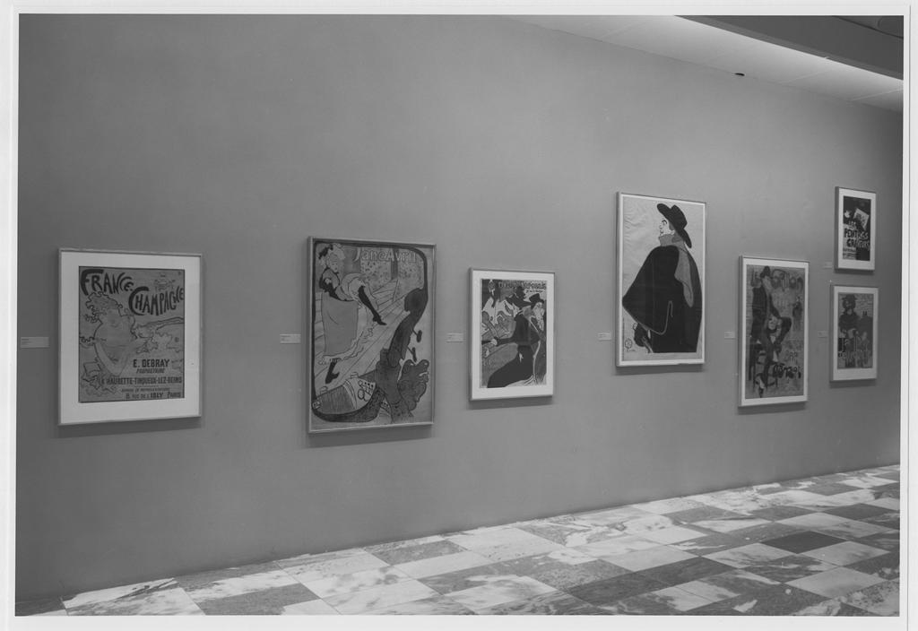 Fig 5. The Modern Poster, Installation photograph. June 6 – September 6, 1988. (Photographer: Mali Olatunji), Photographic Archives, Museum of Modern Art, New York. Copyright SCALA.