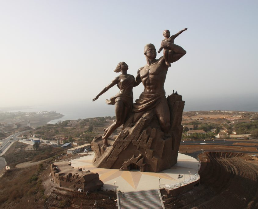 Fig. 1: The African Renaissance Monument, Senegal. Produced by Mansudae Overseas Projects in 2010. Photo: Christophe Blitz. Image courtesy Monument de la Renaissance Africaine, Dakar.
